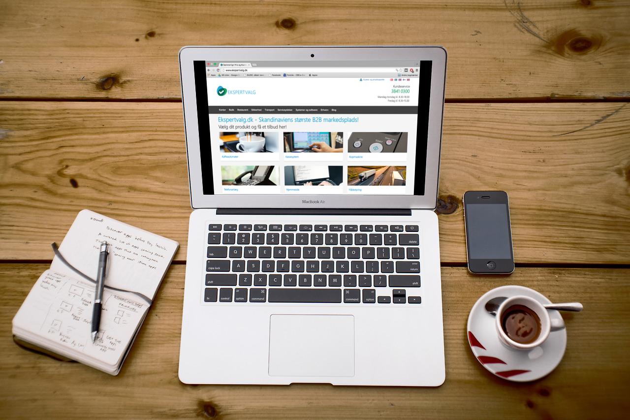 Hvilken hjemmesideløsning skal jeg vælge? | Ekspertvalg